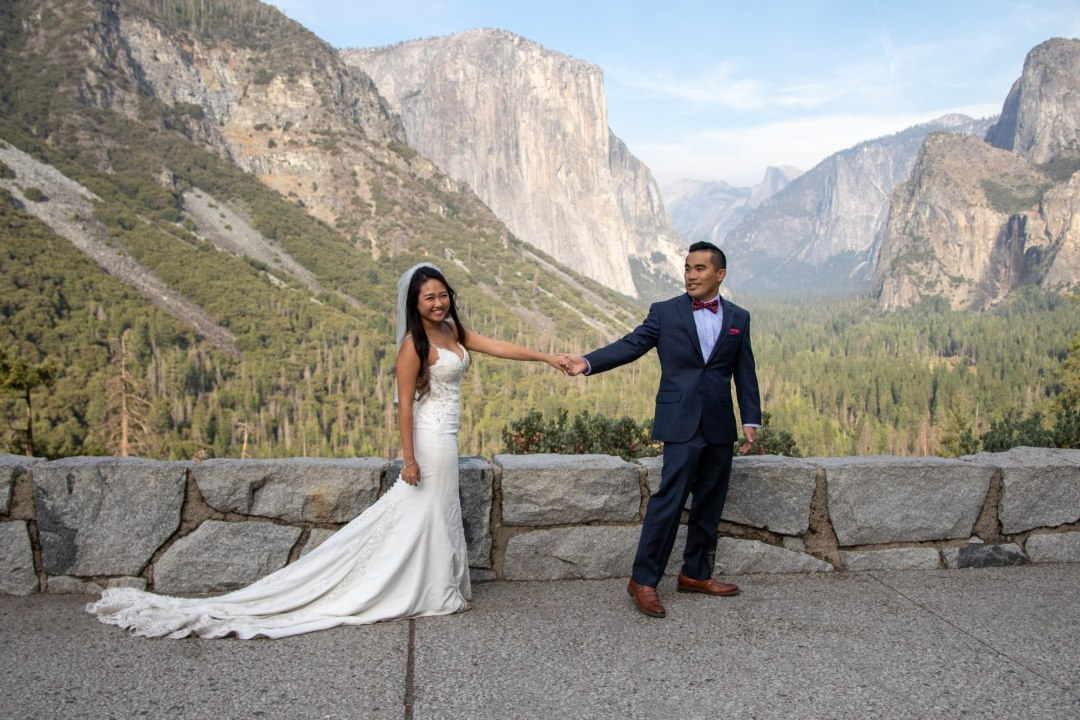Newlyweds up at Tunnel View after the Yosemite elopement!