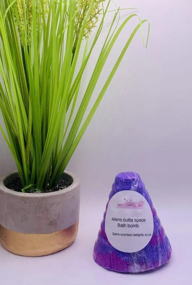 Alien Purple Cone Bath Bomb