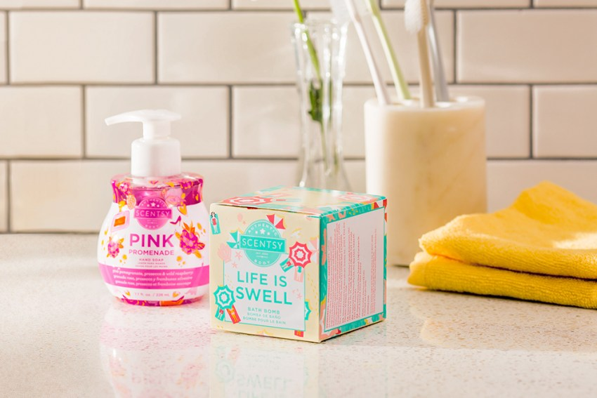 Photo of Scenty Pink Promenade Handsoap and Life is Swell Bath Bomb