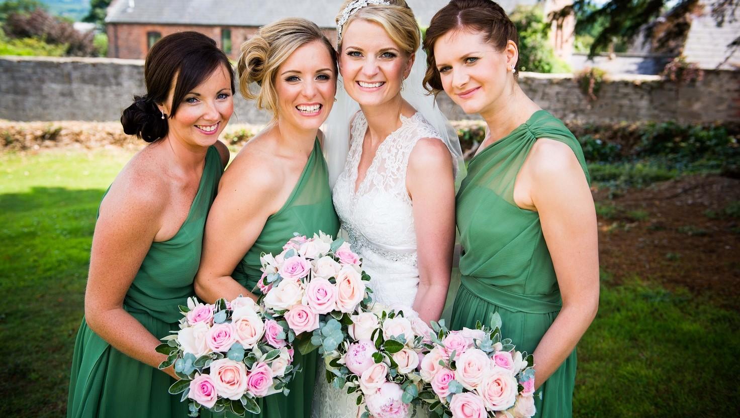 bride bridesmaids rose wedding bouquet