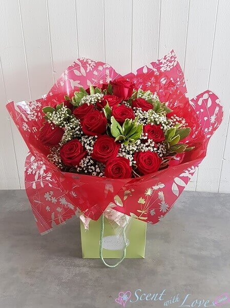 Red Rose Hand Tied Large