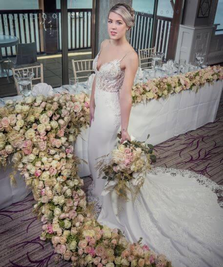 Top Table Flowing Flowers
