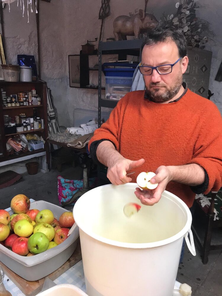 Fred Berkmiller preparing a bumper crop of apples for vinegar