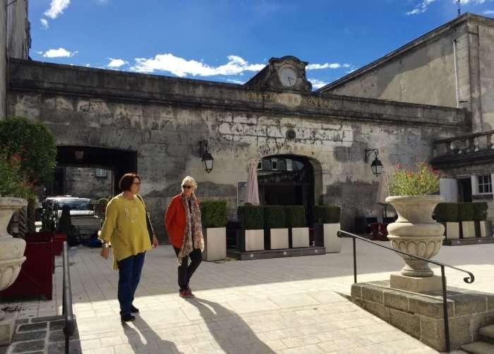 Entrance to Chateau Baron Otard.
