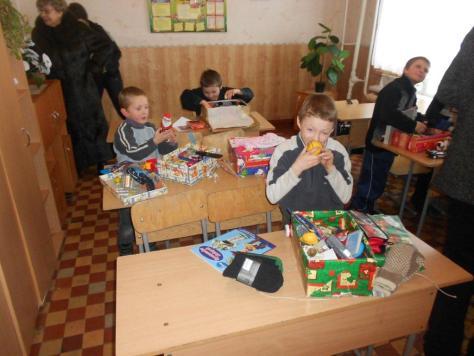 Weihnachtsgeschenke für die Heimkinder