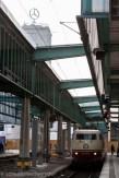 E103 235-8 im Stuttgarter Kopfbahnhof
