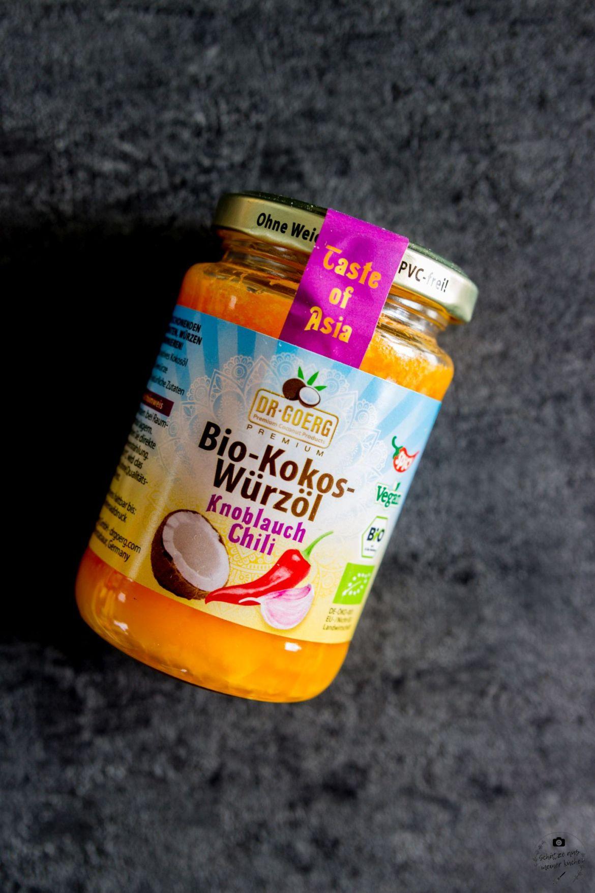 Premium-Bio-Kokos-Würzöl Knoblauch-Chili Schätze aus meiner Küche Dr. Goerg gegrillte Halloumi-Spieße mit Gemüse und Kokosöl-marinade