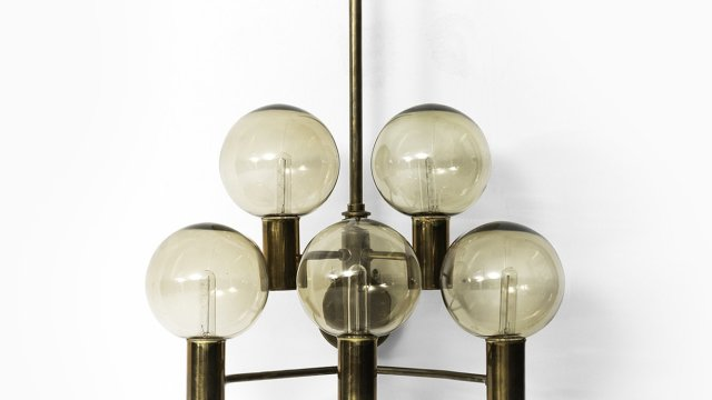 Hans-Agne Jakobsson wall lamp model V-287 at Studio Schalling