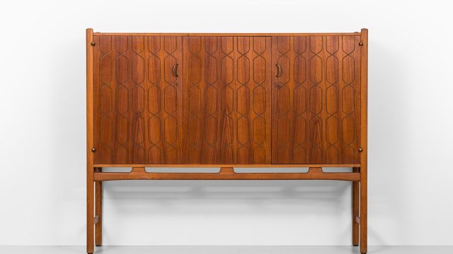 David Rosén cabinet in teak and mahogany at Studio Schalling