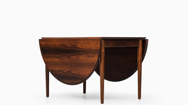 Arne Vodder dining table model 227 in rosewood at Studio Schalling