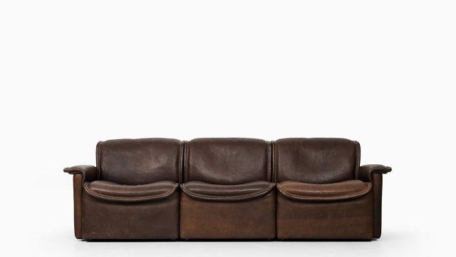 Sofa model DS-12 by De Sede at Studio Schalling