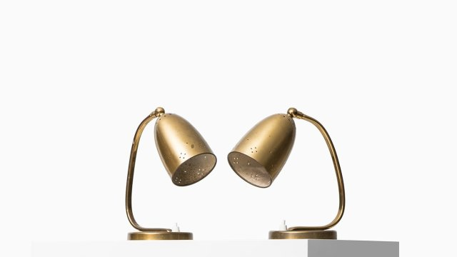 Table lamps / wall lamps in brass at Studio Schalling