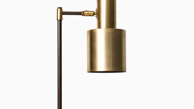 Jo Hammerborg floor lamp model Studio in brass at Studio Schalling