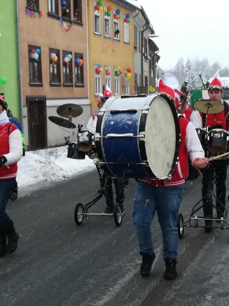 Kreiskarnevalsumzug Tambach Dietharz 15 - Kreiskarnevalsumzug Tambach-Dietharz Fotos