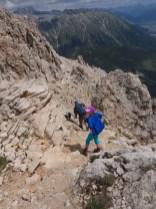 Abstieg Richtung Sass Alv über die Ostflanke