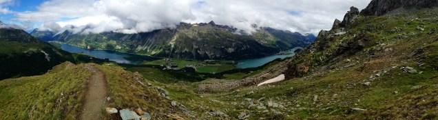 Panorama aufgenommen unterhalb von Grialetsch