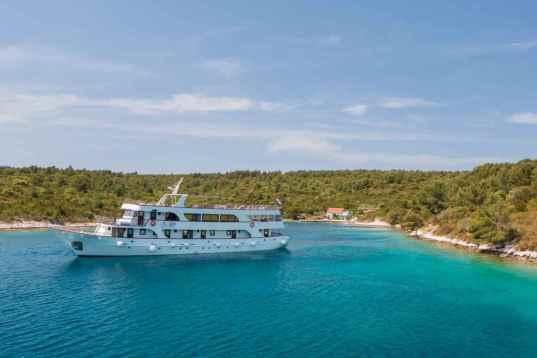 Bezaubernde dalmatische Küste und Inselwelt