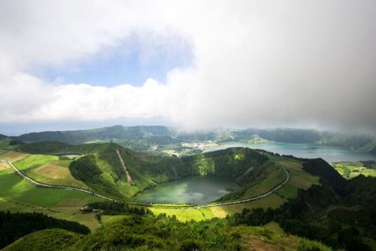 chris slupski 4qn4mY4B4Yw unsplash - Azoren – Sao Miguel, die grüne Insel