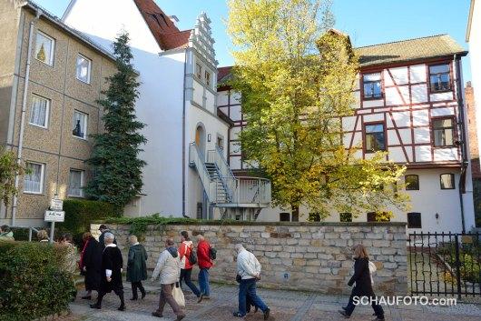 Wandeln zum nächsten Konzertort: Heinrich Schütz Haus. Hier von hinten gesehen.