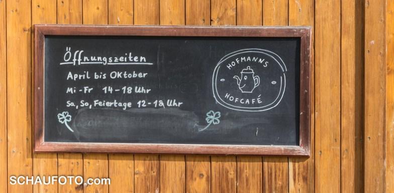 Die aktuellen Öffnungszeiten von Hofmanns Hofcafe.