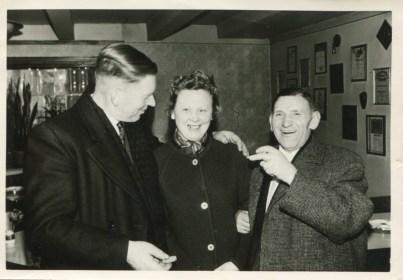 1961 bei Seppi Vickemanns Jüppe, Zimmermanns Fine, Kochs Fritz