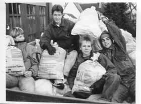 Caritas 1991 Alkleidersammlung001