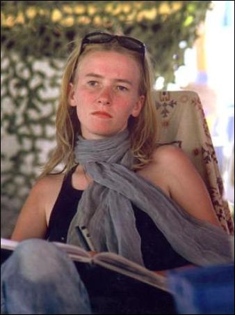 https://i2.wp.com/schema-root.org/people/political/activists/peace/individuals/rachel_corrie/rachel_corrie.jpeg?w=640