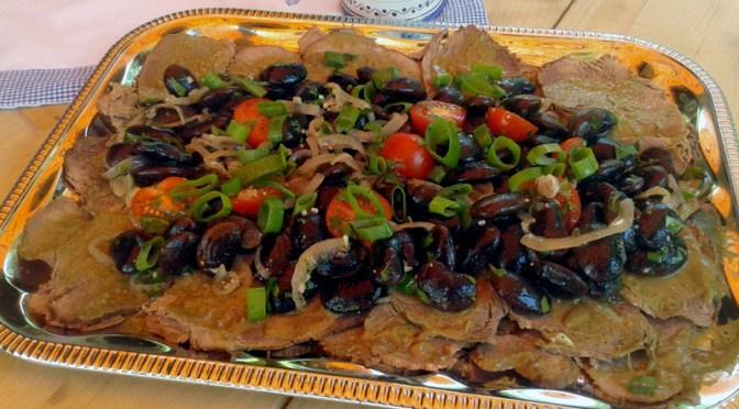 Käferbohnensalat mit mariniertem Tafelspitz und Kürbiskernpesto