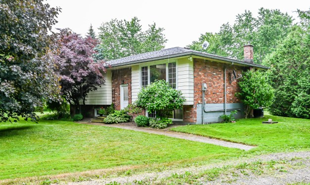 2837 South Grimsby Road 8, West Lincoln – SOLD