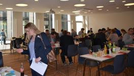 Während der Kommunikationspause - Bild: peridomus.de