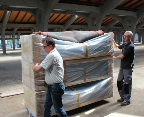 SCHLACHTEN | Möbel BOSS in der Mendelsonhalle | Image © Emily Pütter
