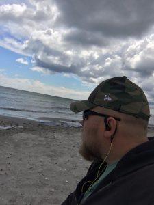Jesper Bjørn Schlæger ved stranden