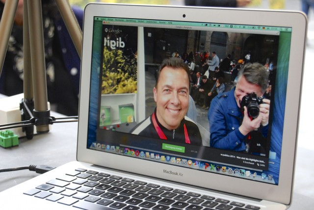 Livestreaming mit Hangout on Air auf einem gut ausgestatten MacBook Air
