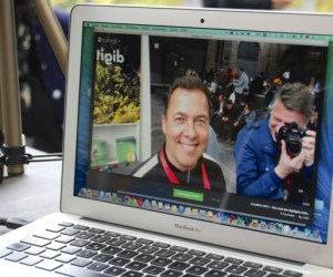 Livestreaming mit Hangout on Air auf einem gut ausgestatten MacBook Air