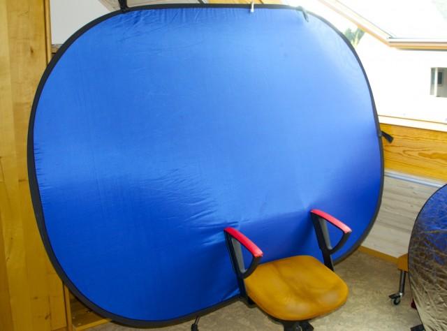 Hangout on Air Bluescreen am Bürostuhl Foto Schleeh