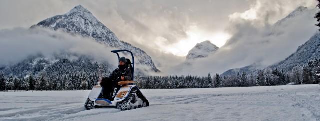 Spass im Schnee mit dem Ziesel