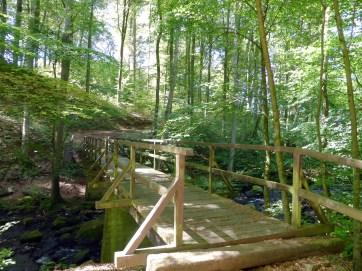 Holzbrücke über den Holzbach