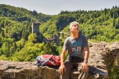 Blick hinauf zum Bergfried