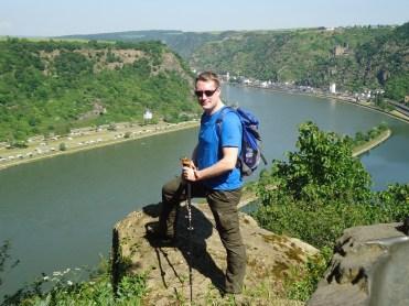 Hier nahm alles seinen Anfang: Auf dem Loreley-Felsen während der Rheinsteig-Tour.
