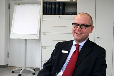 Arbeit, Ordnung, Sparsamkeit - sind dir nütze allezeit - Ein Gespräch mit Kai Uwe Peter, dem Geschäftsführer des Sparkassenverbandes Berlin (2/2)