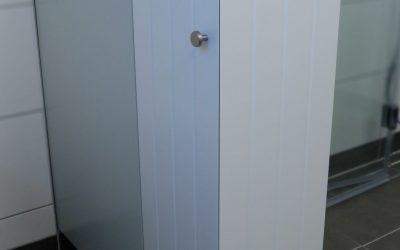 Regal im Badezimmer