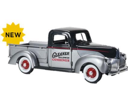 Gleaner Pickup