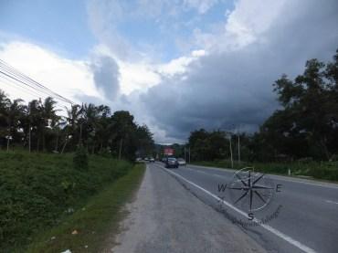 Roadside where I alight for Kinarut Beach
