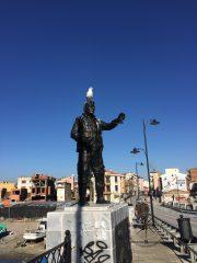Explore Canakkale, Turkey – Statue filled with bird poops on İnönü Köprüsü Bridge