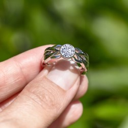 Messerer_Juwelier_Ring_Solitaire_champagner_Diamant_OrMana_02