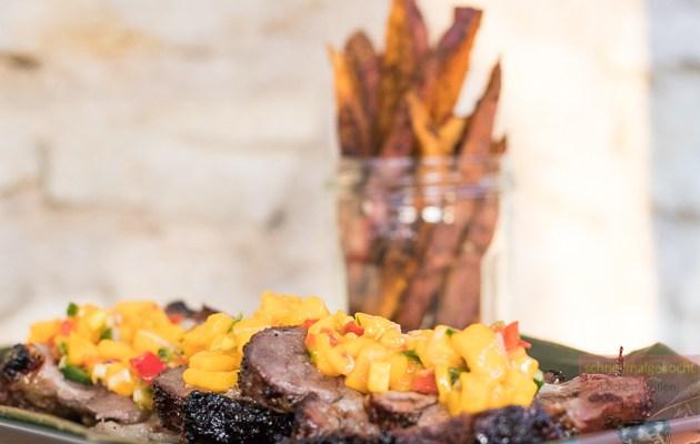 Cajun Schweinefleisch mit Mango-Salsa