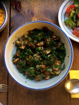 14.1.16 - Rosmarinkartoffeln,Champignon,Baba Ganousch,Avocado,Joghurtspeise (6)