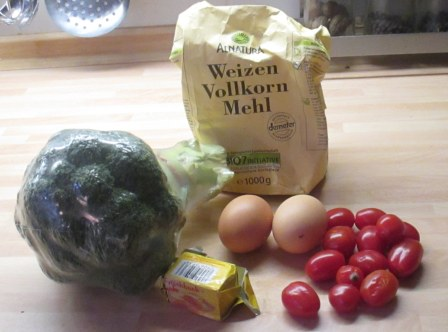 28.1.16 - Brokkoli,Pepperoni Quiche (1c)