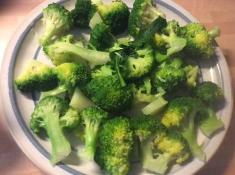 28.1.16 - Brokkoli,Pepperoni Quiche (4)