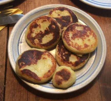 12.2.16 - Brathering,Taler,Gurkensalat,Dessert (7)